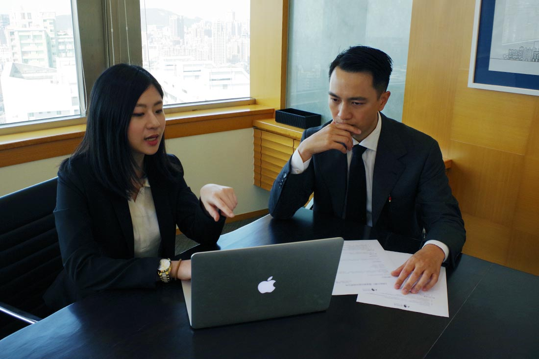 TS Cloud specialist explains how to Mr. Wang how best to utilize Google Sheets